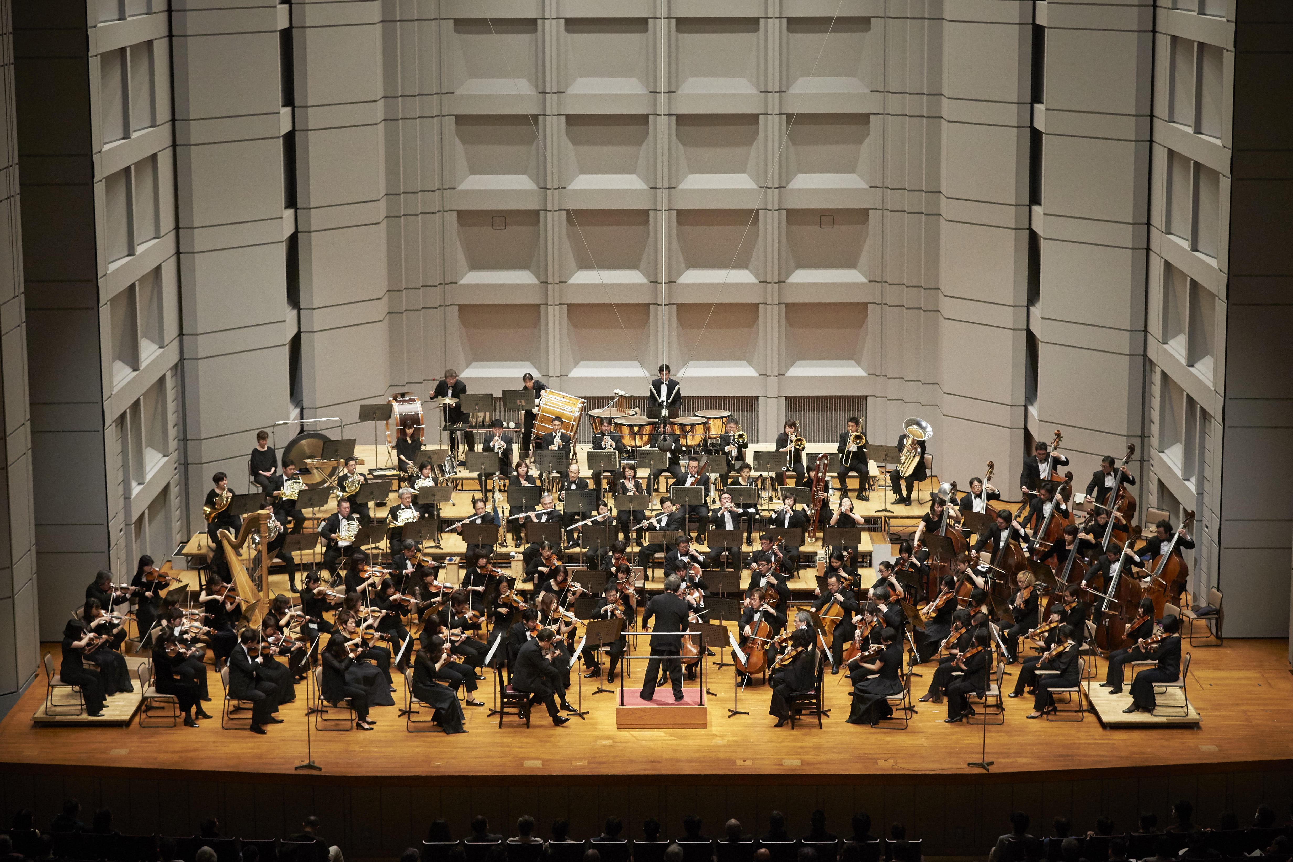 アンドレア・バッティストーニ指揮東京フィルハーモニー交響楽団